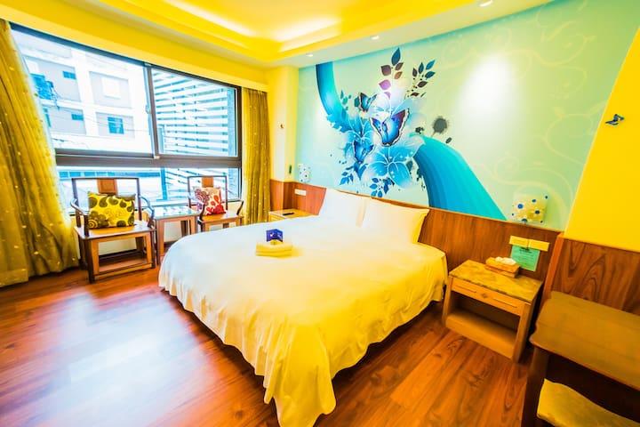 《3巷3號》「高級舒適名床」 雙人房加大床 【近車站 市區  】