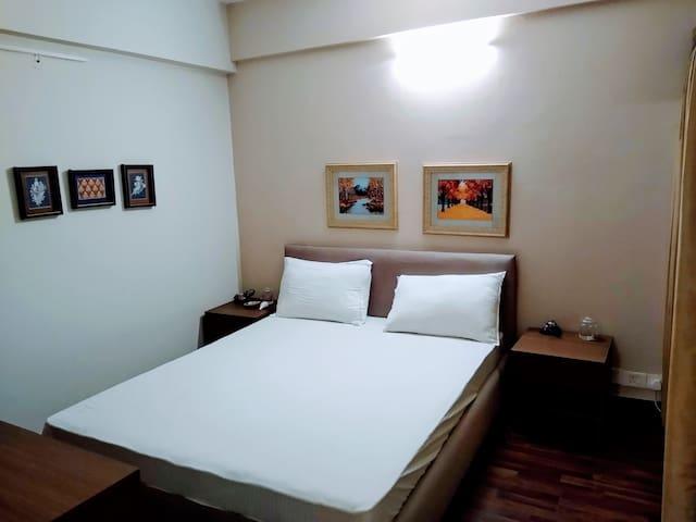 Suites/Studio(Luxurious) Independant Apartment