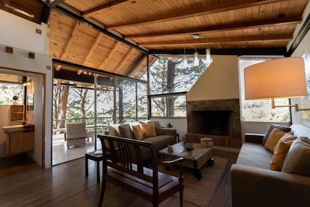 SANITIZED Luxury Chalet @Valle de Bravo Woods