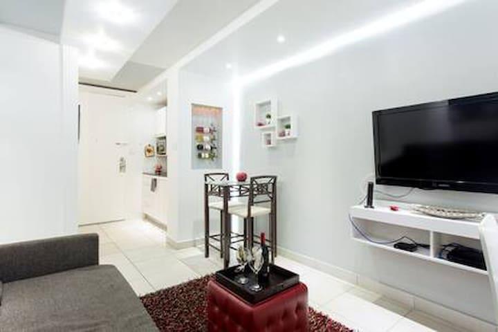 VIBRANT Modern Apartment inThe Heart of Isla Verde