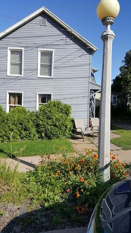 Private Apartment By Downtown Marquette Apt #3