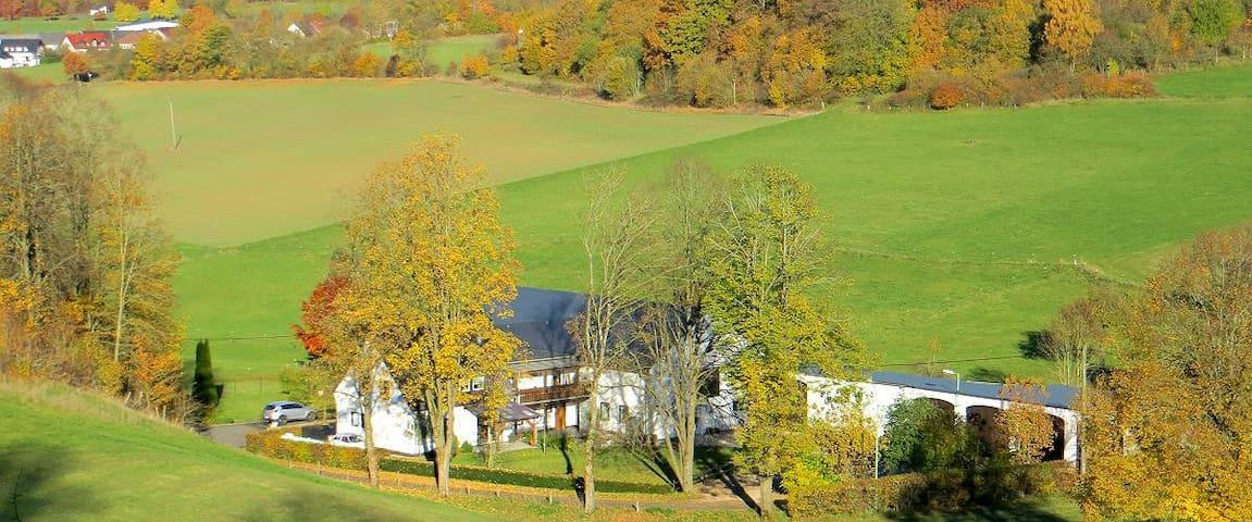 Hohenfels-Essingen的民宿