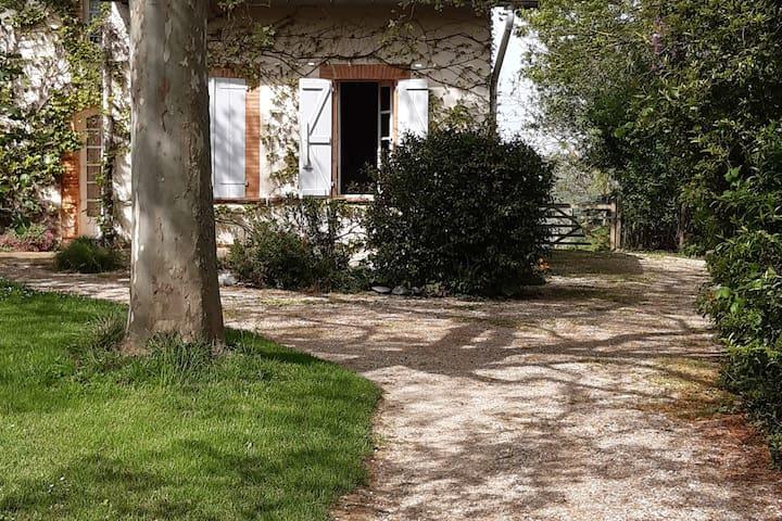 Lézat-sur-Lèze的民宿