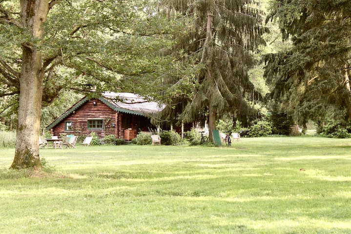 Genuine Antique Chalet in Exceptional Natural Site