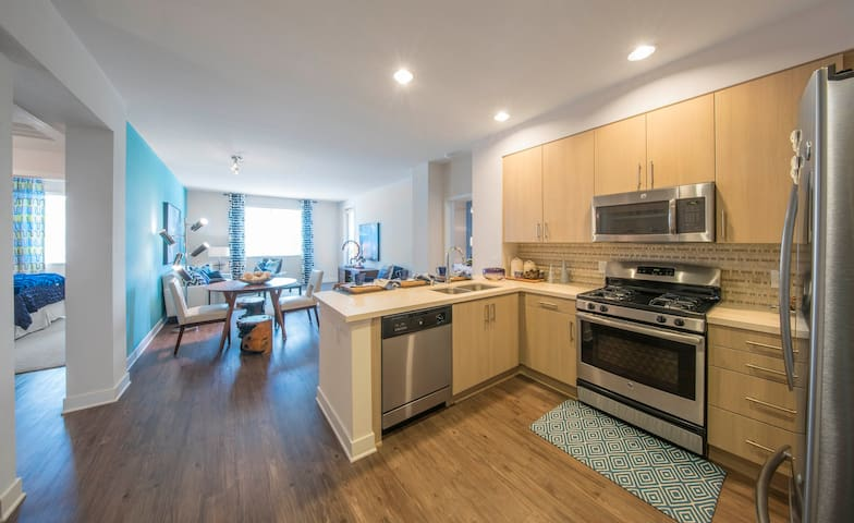 A place of your own | 2BR in San Diego