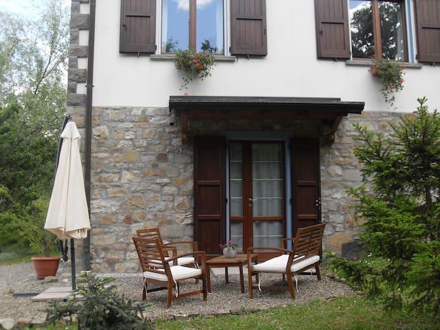 Villa Minozzo的民宿