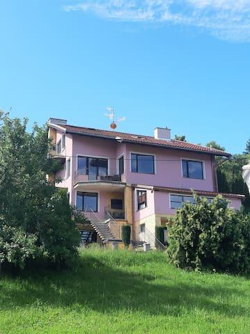 Luhačovice的民宿