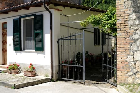 Sirente-Velino Park Holiday House