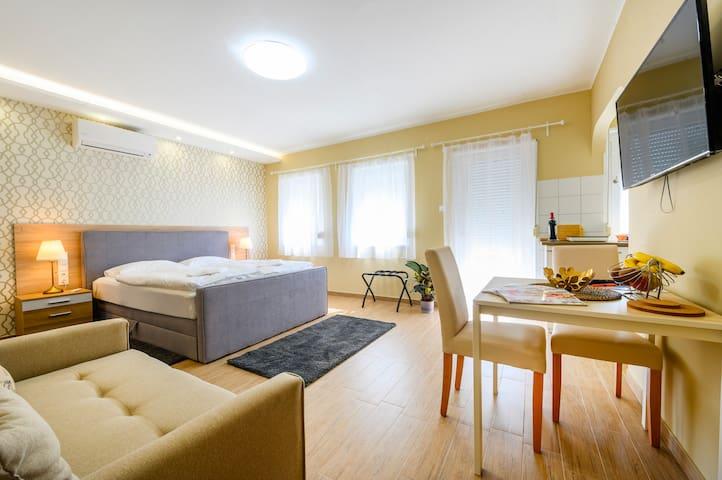 La Maison du Calme apartment in Bükfürdő
