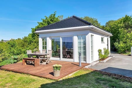 New house - great seaview -  close to the city