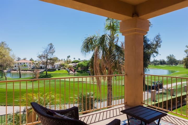 3BR Gated Ocotillo Home, Pool Heater, Lake Views