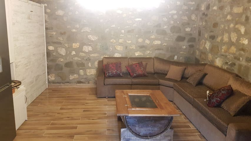 Paleokatouno的民宿