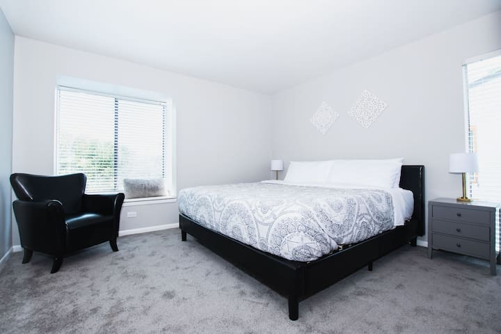 Beaming Two Bed on North Capital