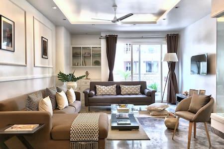 The Lotus - luxury 3 bedroom apartment