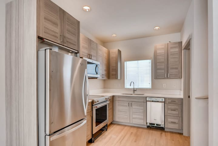 2BR 1.5 BATH  town house close to everything