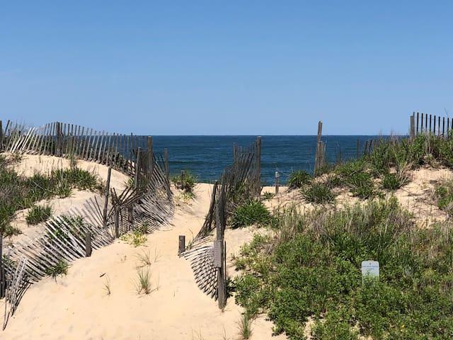 Beach Haven Tiki #5 - Only a few feet to the Ocean