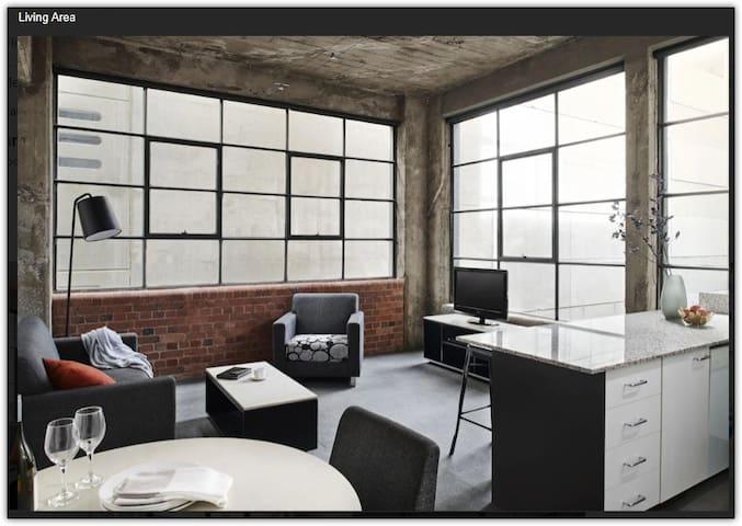 New York Central Living 1 Bedroom
