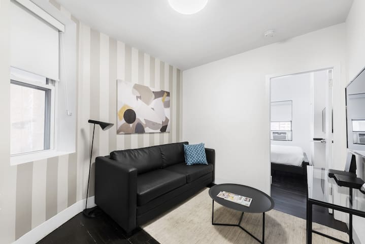Clean and Comfortable One Bedroom in Chelsea