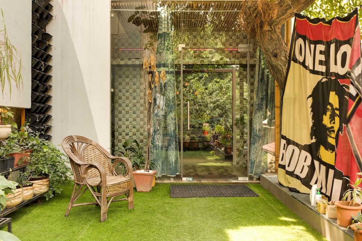 Isolated 1BHK apartment new Delhi Corona safe
