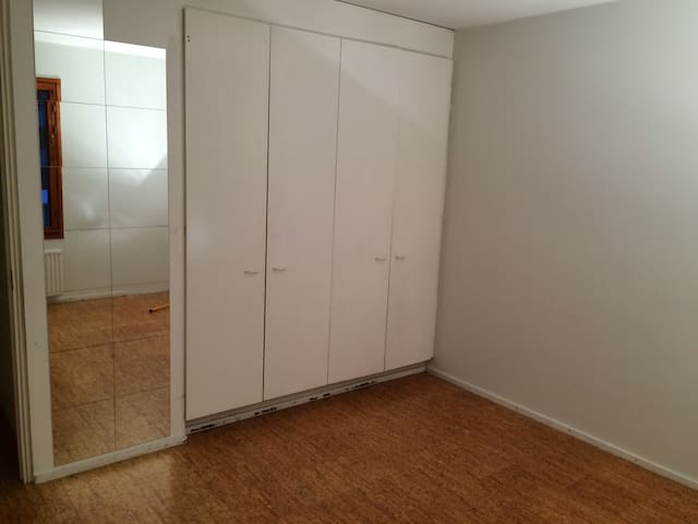 Pakkamestarinkatu 1,  furnished room nr 1