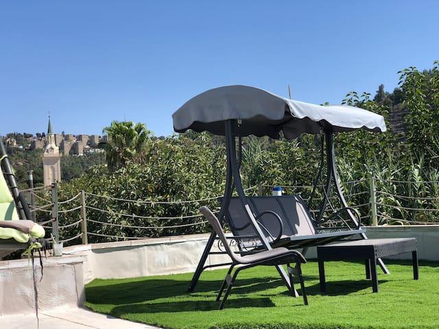 Ein Kerem Vacation