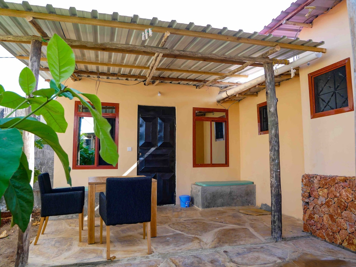 Karima's Kendwa, A private Bungalow with AC &Wi-fi