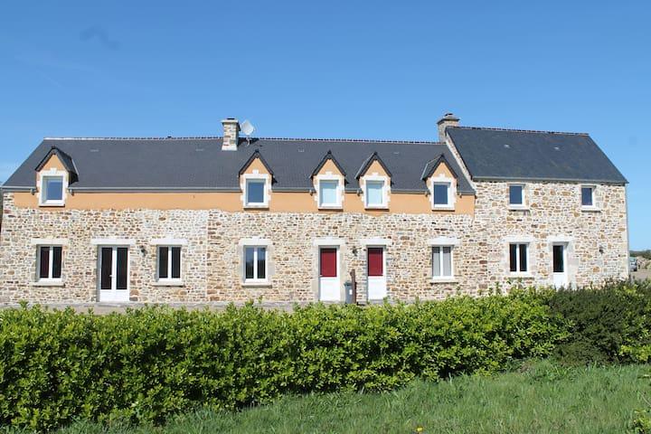 Saint-Maurice-en-Cotentin的民宿