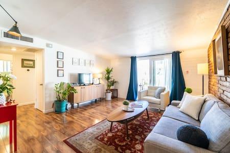 Modern Home In Uptown Phoenix
