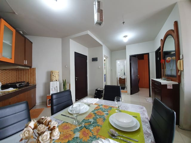 2 BR Simple Flat in Downtown, nearby MRT