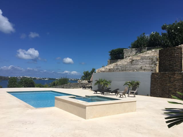 DreamscapeCottage*Oceanview*Pool*carcharge