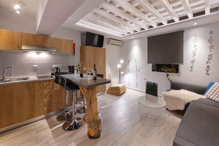 Lindos Aquamarine Luxury Suite