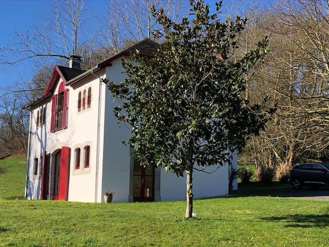 Mauléon-Licharre的民宿