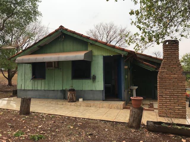 Santa Clara d'Oeste的民宿