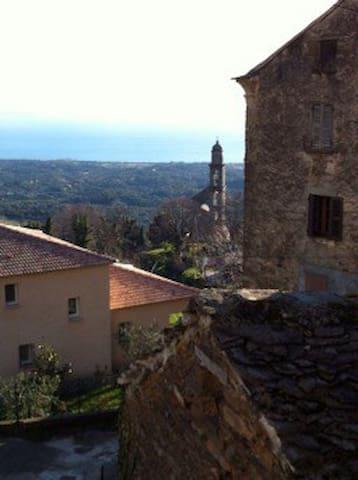 Sant'Andréa-di-Cotone的民宿