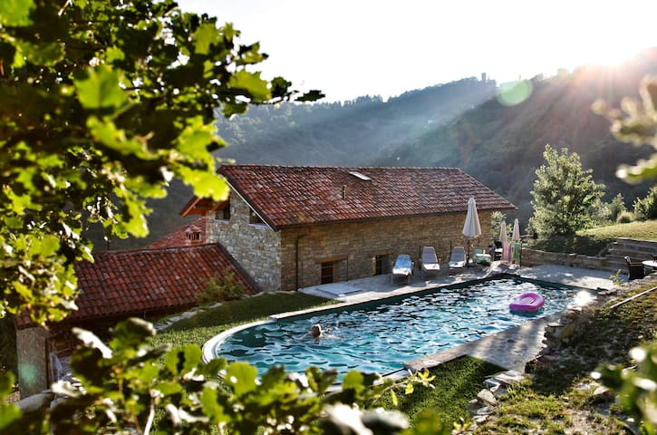 Roccaverano的民宿