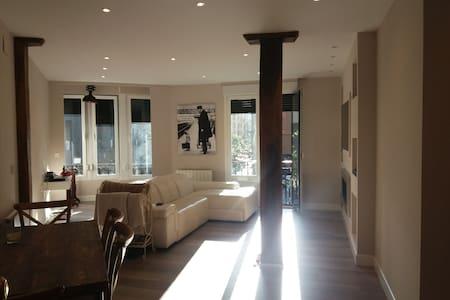 L-BI282 Single room Bilbao Center, Air conditioned