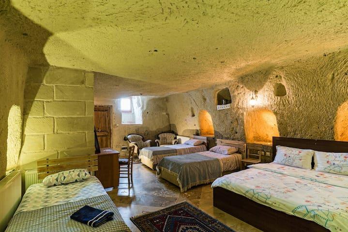 内夫谢希尔 (Nevşehir)的民宿