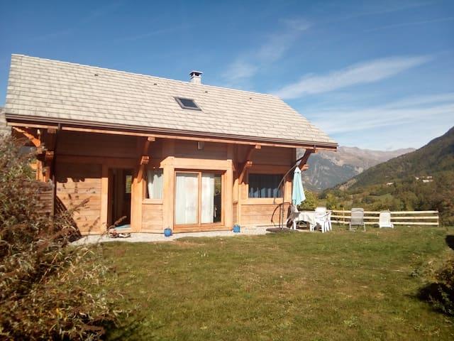Saint-Léger-les-Mélèzes的民宿
