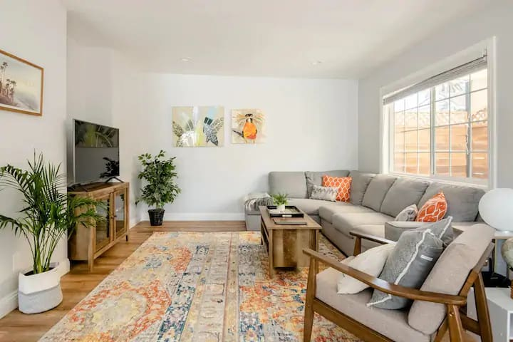 Renovated Luxury Home-Long Beach-Close to Downtown