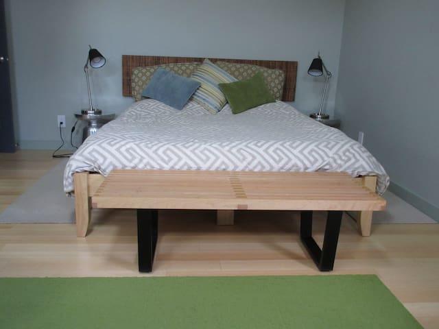 Bright, Clean Quiet Private Cottage