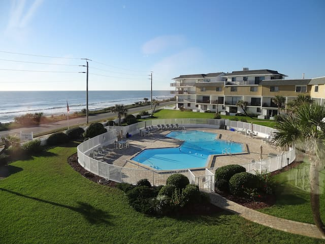 Ocean Views surrounded by parks & secluded beaches