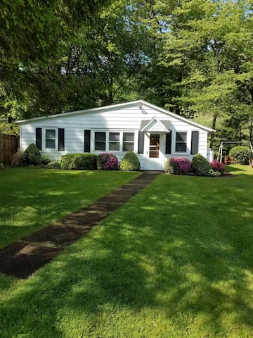 The Cottage On The Creek - Pine Creek, PA