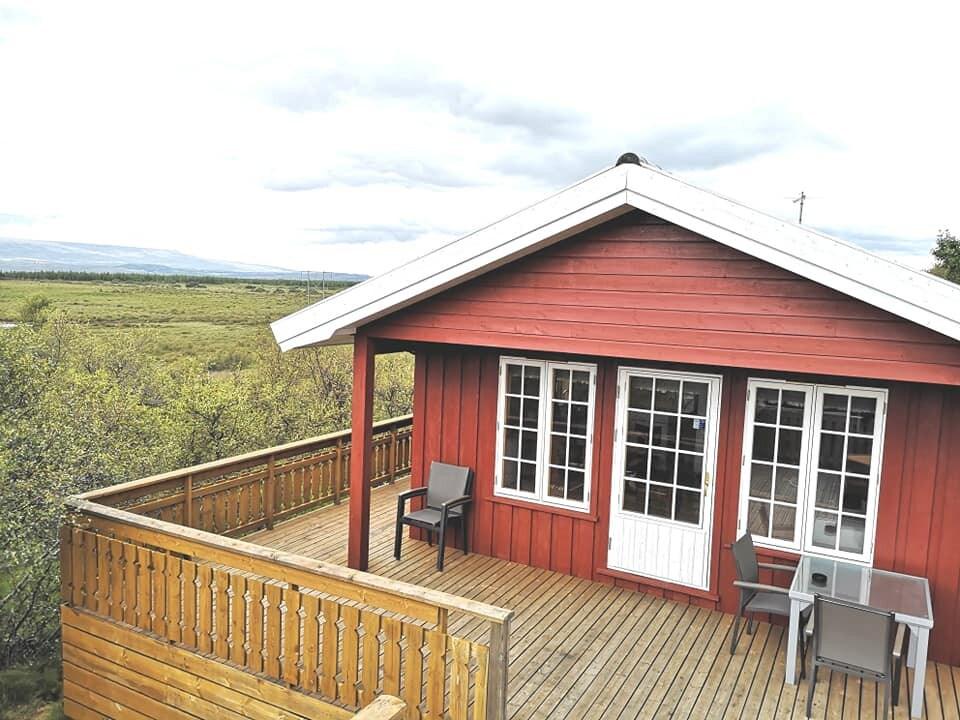 Amazing cabin with hot tub, close to Egilsstadir