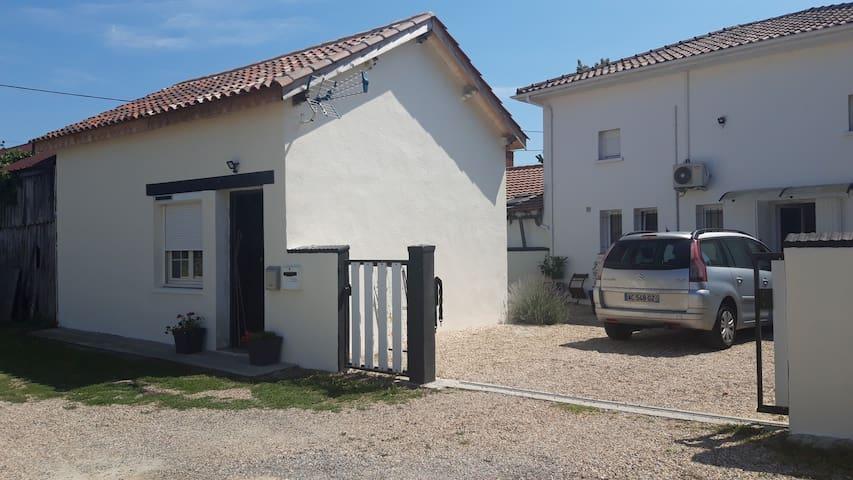 Lamonzie-Saint-Martin的民宿