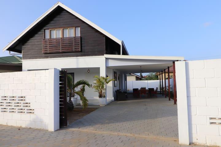 Paramaribo的民宿