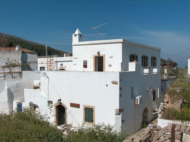Milopotamos的民宿