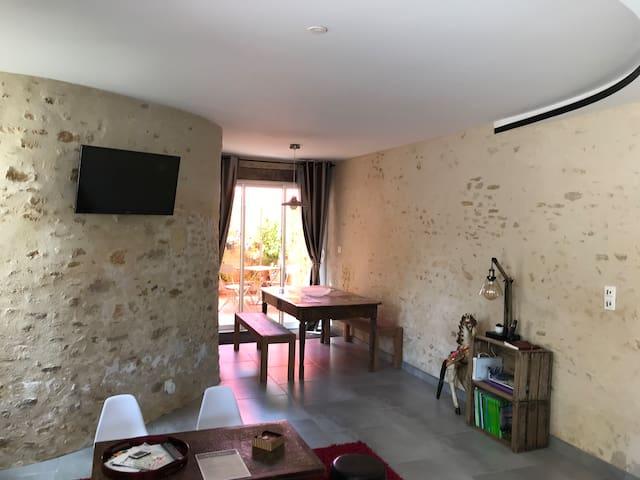 Bazoches-sur-Hoëne的民宿