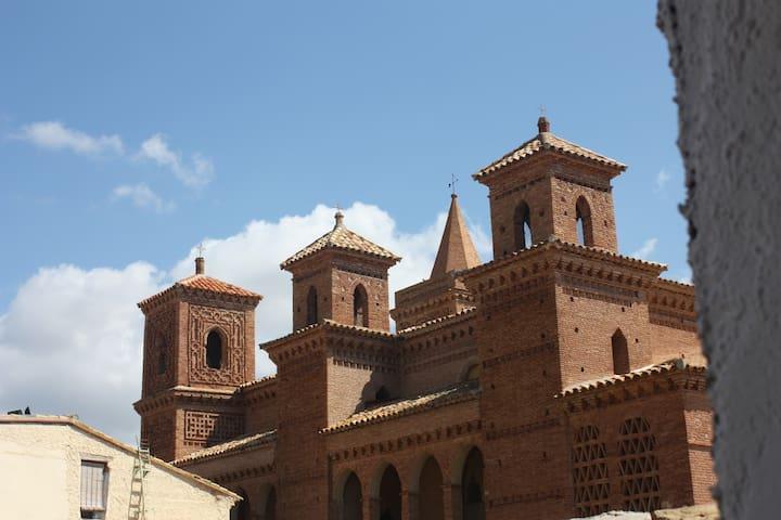 Torralba de Ribota的民宿