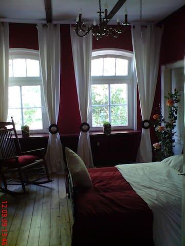 Schneverdingen的民宿