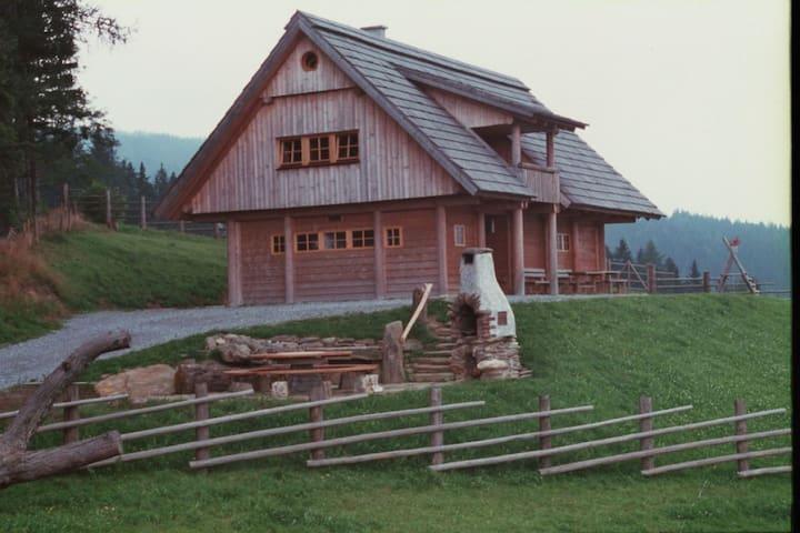 Oberpreitenegg的民宿
